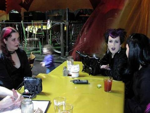 Wazubees before the Depeche Mode concert, July 28, 2001